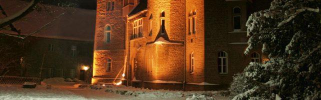 Altenh_Schloss_Nacht_aus